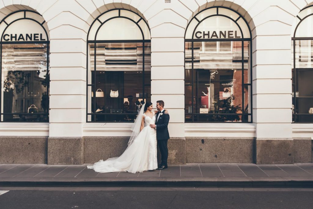 Melbourne Wedding photo, Flinders Street Station Wedding, Bridal Party Wedding Photo by Danae Studios